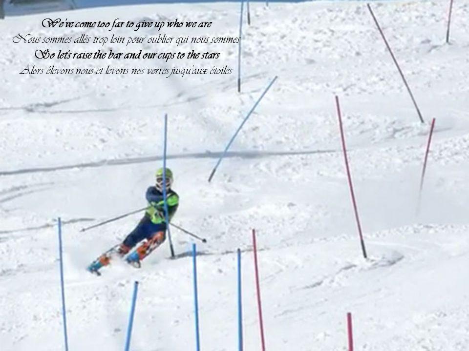 Les Jeux olympiques d hiver de 2014, officiellement appelés les XXIIes Jeux olympiques d hiver, seront célébrés du 7 au 23 février 2014 à Sotchi, une ville russe bordée par la mer Noire à proximité du massif du Caucase.