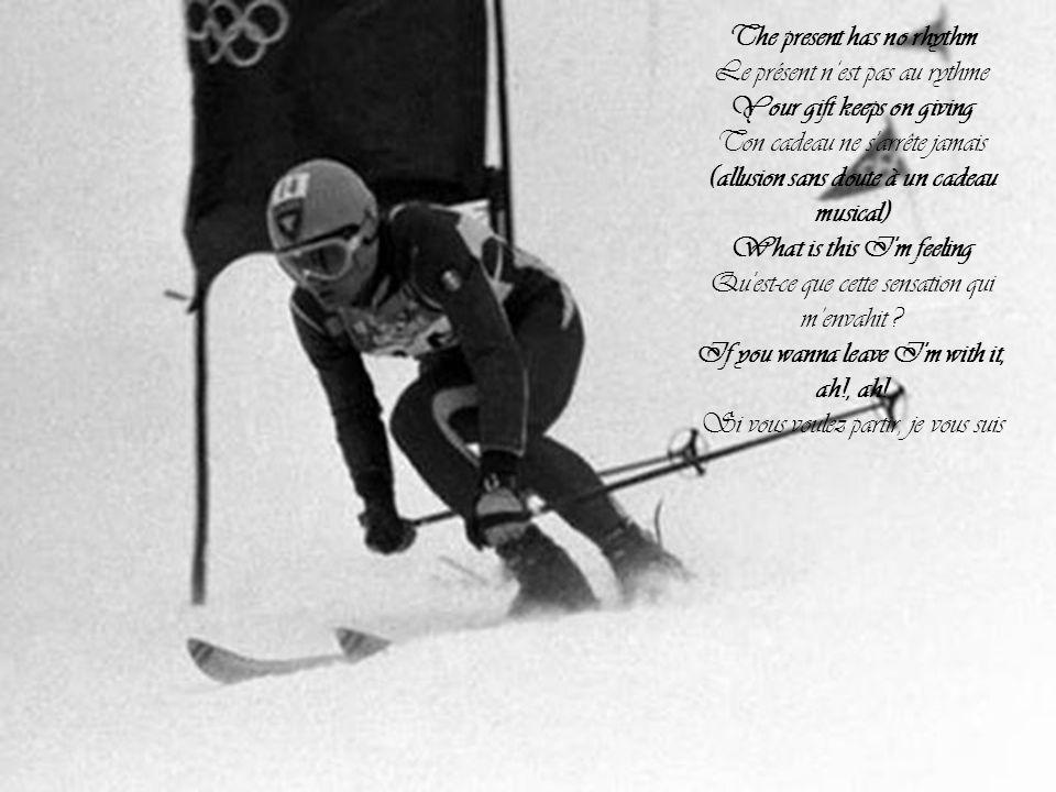 Médailles Parmi les 98 médailles d or distribuées lors de ces jeux, les sept attribuées le 15 février 2014 contiendront un fragment du météore de Tcheliabinsk, pour marquer le premier anniversaire de la chute de ce bolide ; il s agit des médailles d or de slalom géant féminin, du relais féminin en ski de fond, du saut à ski sur gros tremplin, du skeleton masculin, du 1 500 mètres masculin en patinage de vitesse, et du 1 000 mètres féminin et du 1 500 mètres masculin en short track.