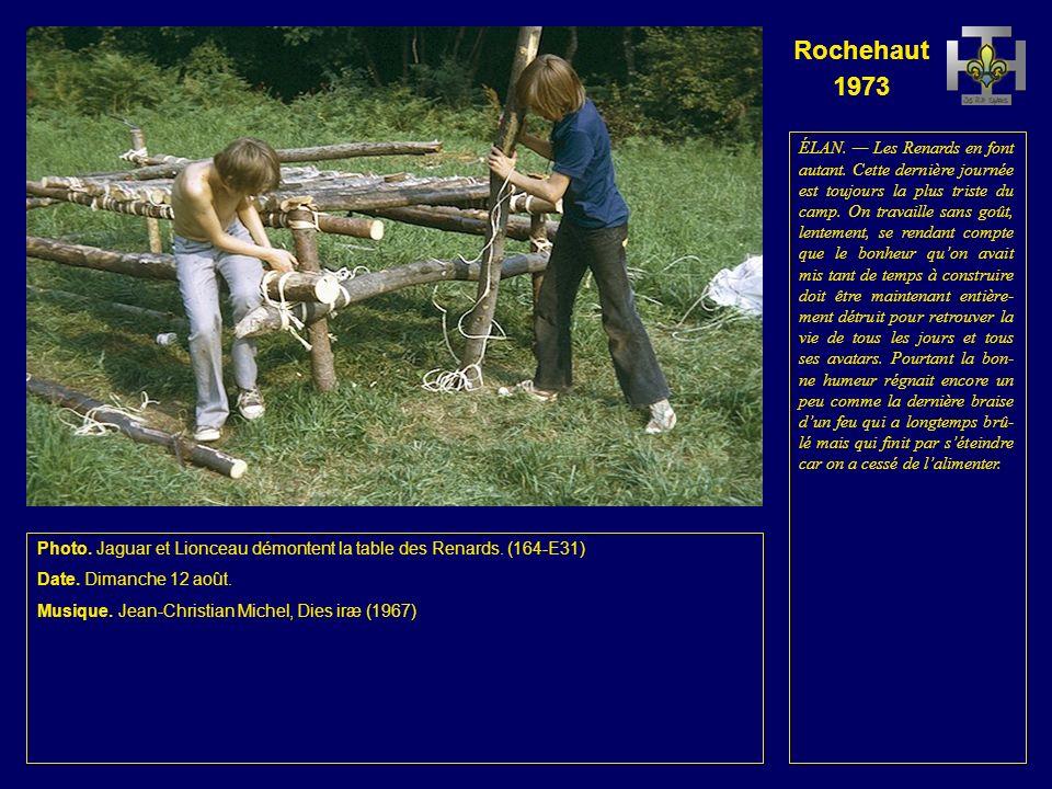 Rochehaut 1973 Photo. Daim et Élan démontent la table des Aigles.