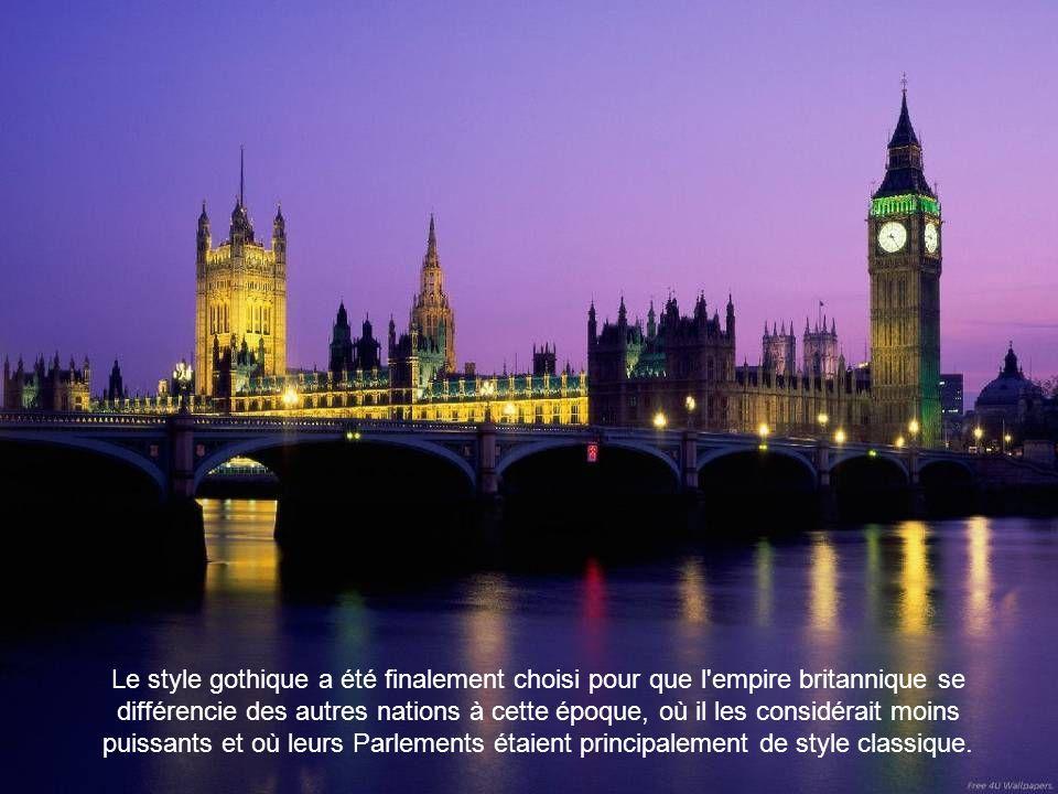 Pour renforcer cette identification de Big Ben avec le royaume, on illumine les cadrans de l'horloge pendant les sessions du Parlement britannique.
