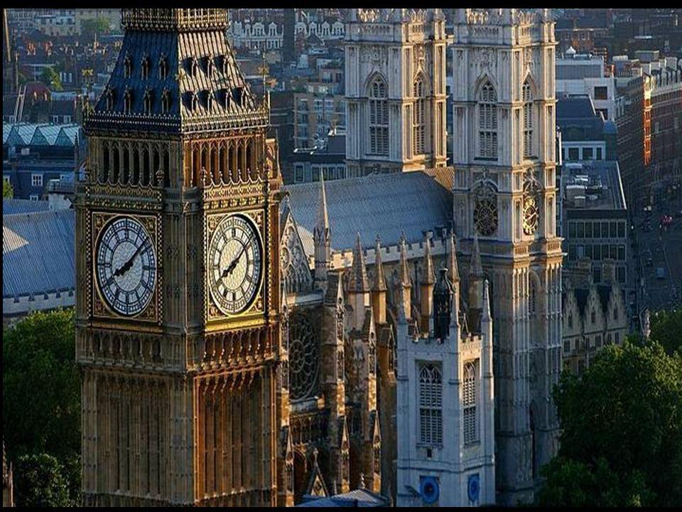 Big Ben est le surnom de la grande cloche de 13,5 tonnes installée dans la Tour de l'Horloge (Clock Tower) du Palais de Westminster, siège du parlemen