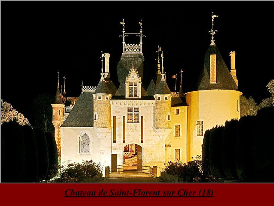 Chateau de la Reine Blanche aux étangs de Comelle 5 miles from my house… Cloître de l Abbaye de Royaumont 8 miles from my house …