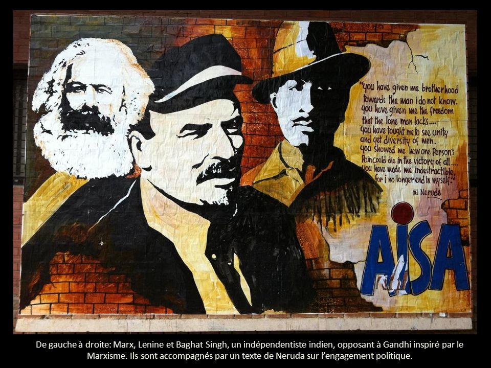 De gauche à droite: Marx, Lenine et Baghat Singh, un indépendentiste indien, opposant à Gandhi inspiré par le Marxisme.