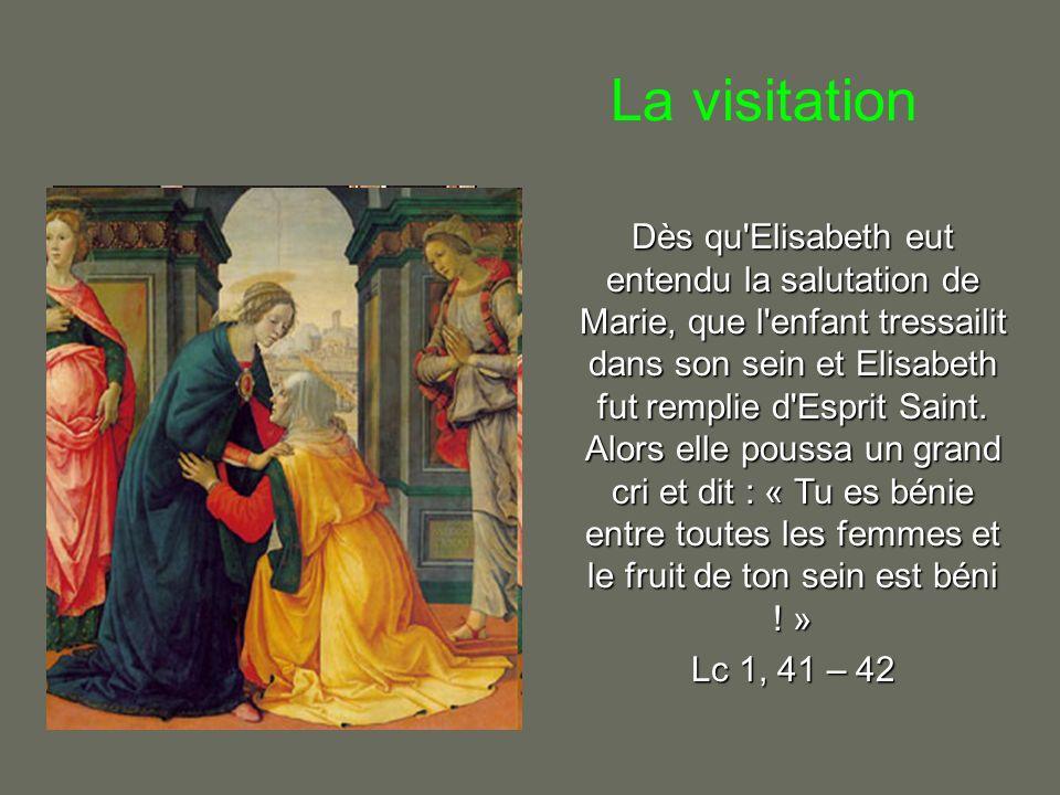 Le couronnement de Marie « Un signe grandiose apparut au ciel : une Femme .