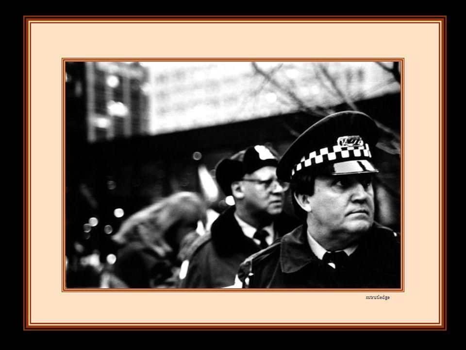 tandis que l'oppression, travestie en loi, montait la garde.