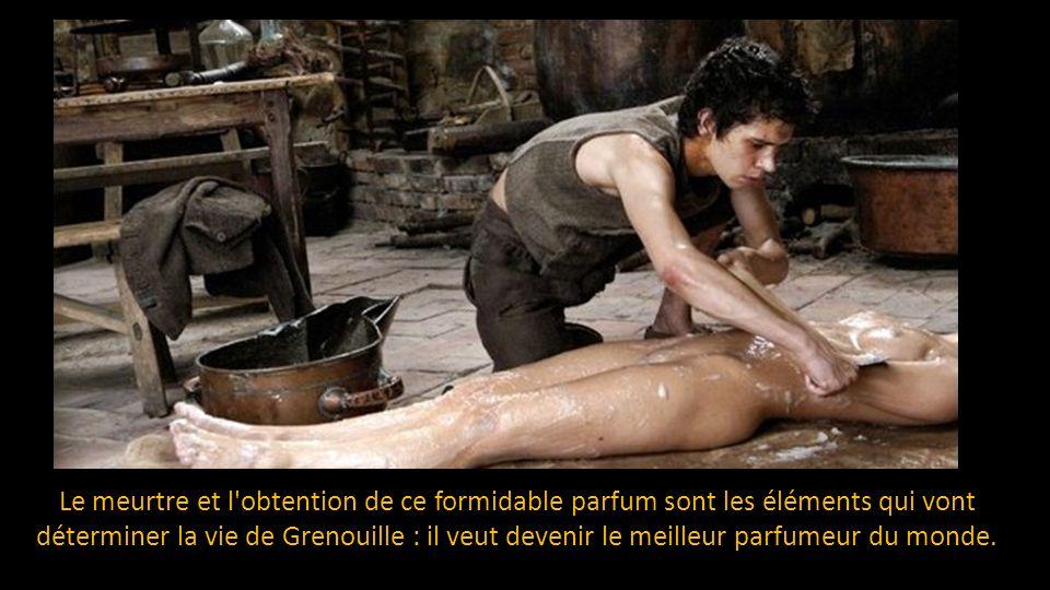 Il tue alors la jeune fille et renifle leffluve de son parfum qui le submerge, émanant de son corps nu.