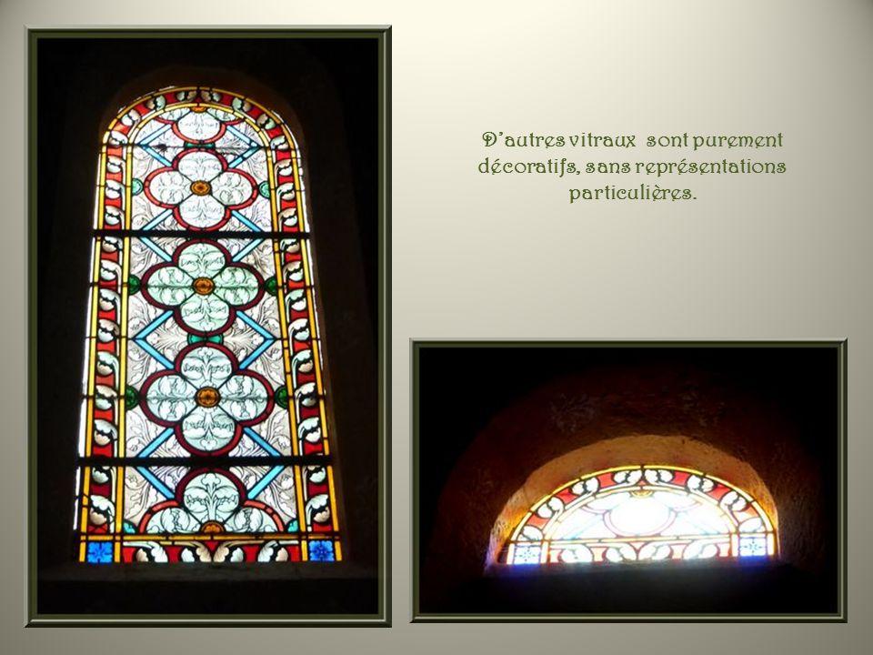 Les vitraux centraux, au-dessus de la tribune, Saint Eugène et Saint André.