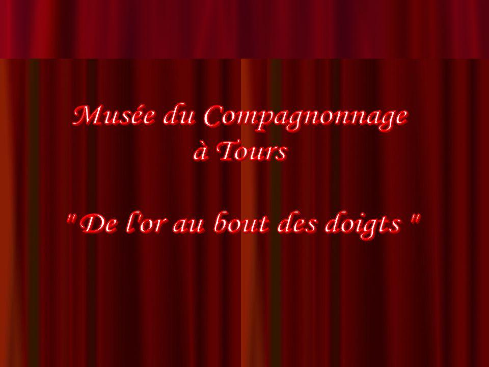 Cheval de trait harnaché Chef-dœuvre de réception (1928) de Maxime Saulquin dit « Tourangeau la Fierté du Devoir », Compagnon Sellier -Bourrelier du Devoir