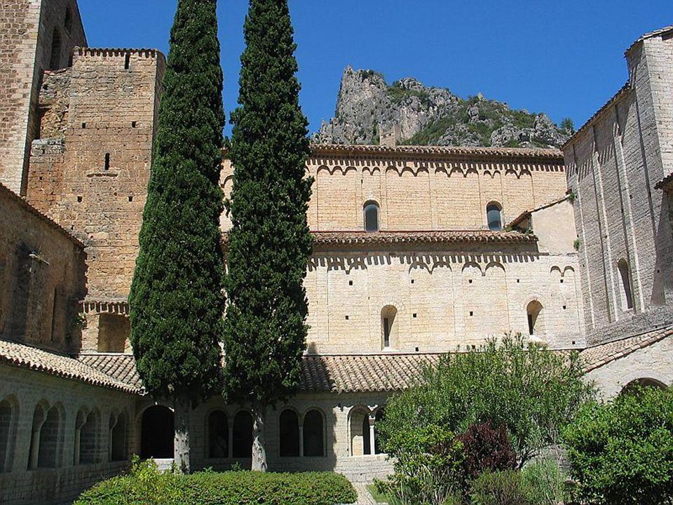 Cloître du Monastère St Guilhem-le-Désert