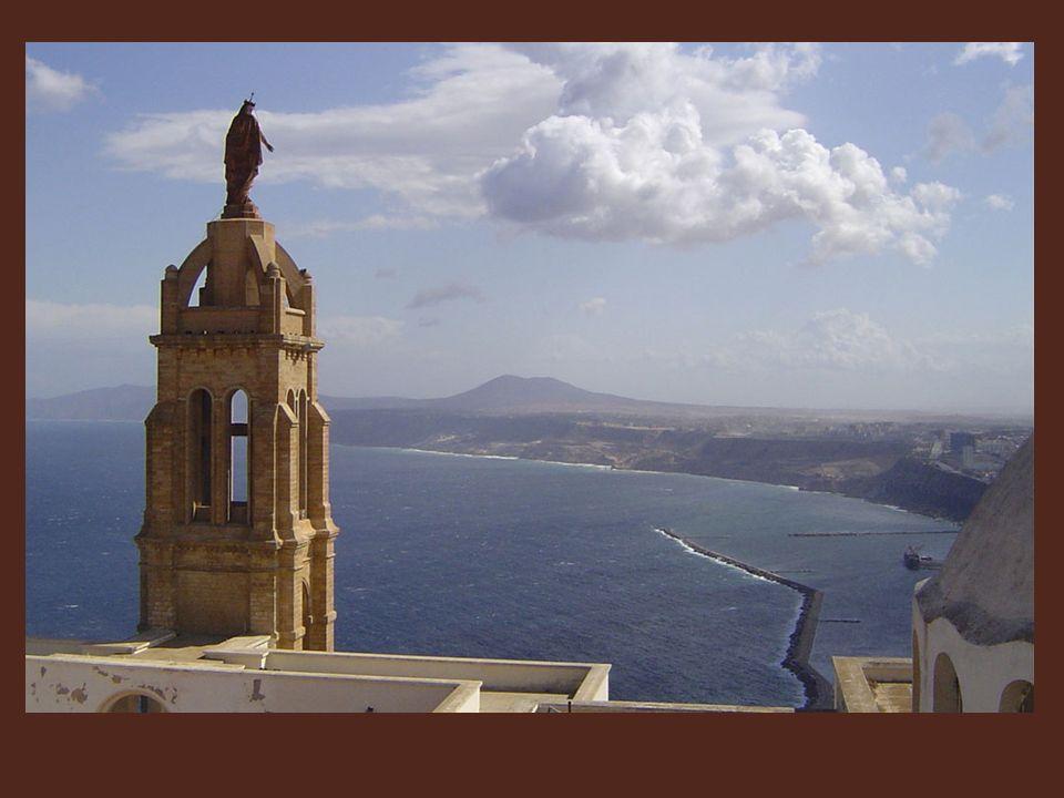 Là, la chapelle et la statue de la Vierge, prévues pour perpétuer le souvenir du