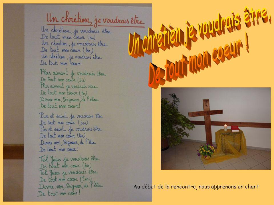 Philippe, je suis chrétien, Je suis prêtre Nicolas, je suis chrétien, Je suis pasteur Les animateurs se présentent… Marie-Pierre, chrétienne, animatrice caté