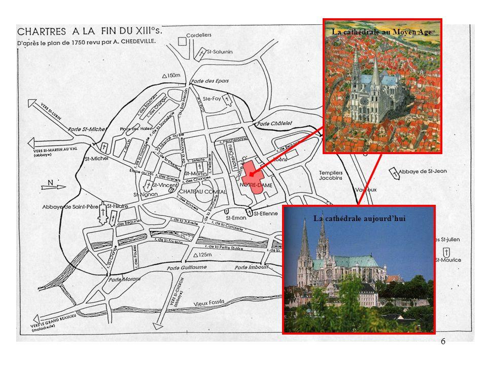 Le plan de la cathédrale de Chartres EST Tour Nord Tour Sud Porche Nord Porche Sud Porche Ouest17