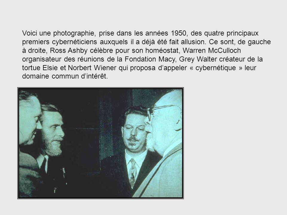 Ces réunions, jointes à la publication en 1948 du livre de Norbert Wiener intitulé « Cybernetics », servirent à jeter les bases du développement de la