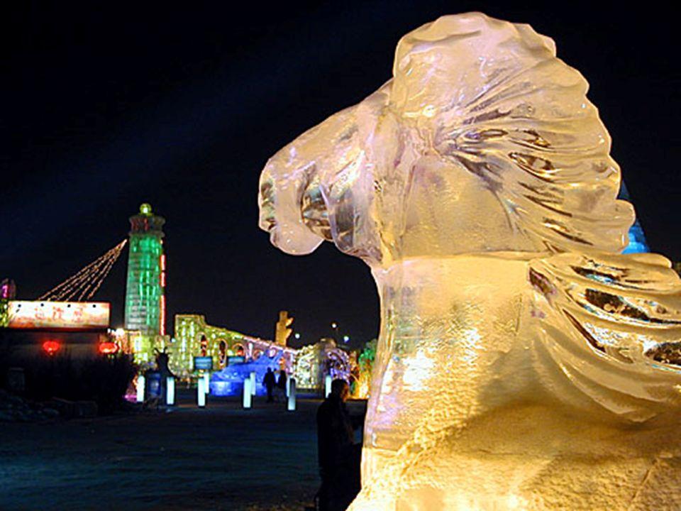 Le Festival de la neige est un nom pour l'art, tandis que le festival de glace est un miroir de l'architecture.