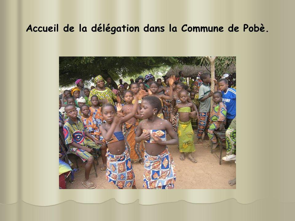 Accueil de la délégation dans la Commune de Pobè.