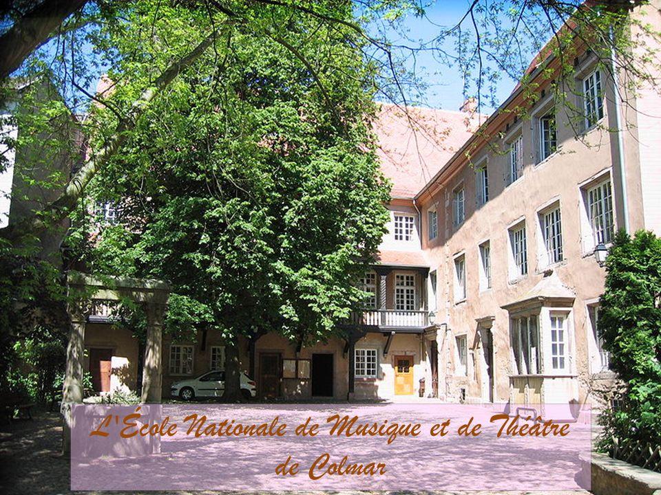La rue Berthe Molly, anciennement rue des Juifs