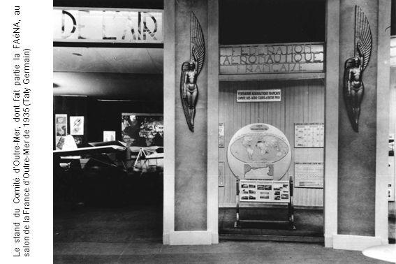 Le stand du Comité dOutre-Mer, dont fait partie la FAéNA, au salon de la France dOutre-Mer de 1935 (Taty Germain)