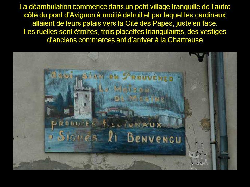 En la Chartreuse de Villeneuve les Avignon, dont les voûtes ont résonné Des premiers mêmes chants il y a quelques sept siècles, en 1350