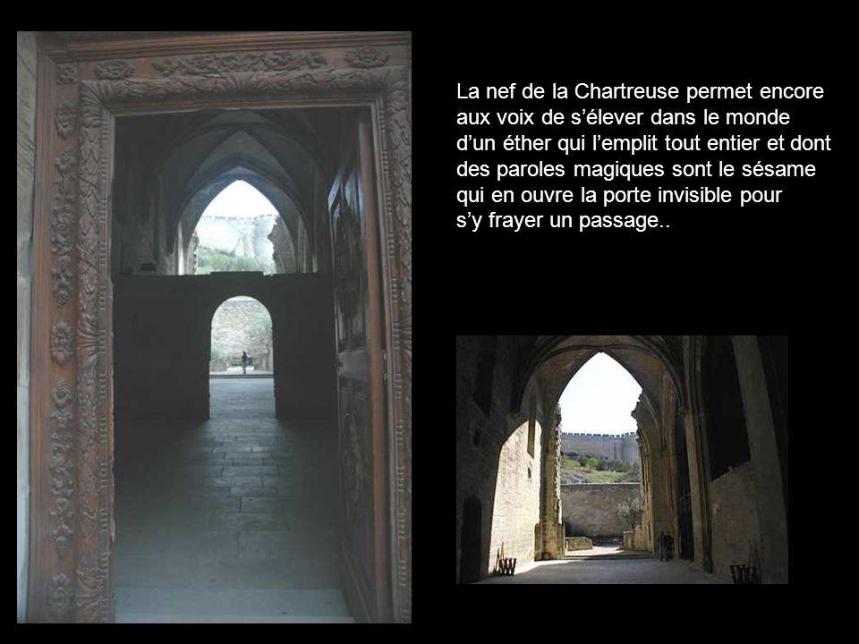Villeneuve par Corot, dominée par le fort St Jean….