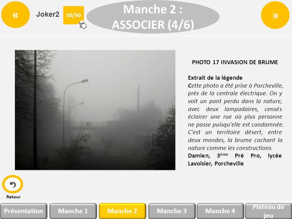 Invasion de brume Cette photo a été prise à Porcheville, près de la centrale électrique. On y voit un pont perdu dans la nature, avec deux lampadaires