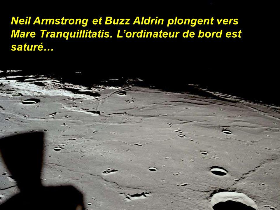 A 100 km de la surface et en face cachée de la lune