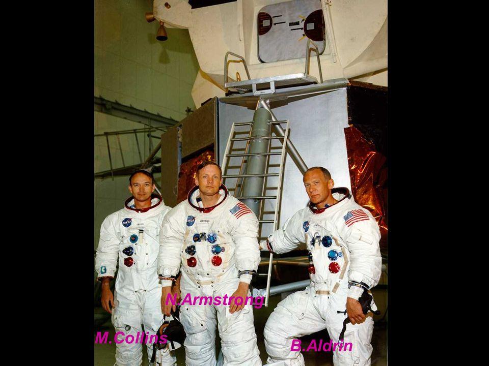Décollage le 16 Juillet 1969 – retour 24 Juillet 1969. Alunissage : 20 Juillet à 20 h 17 (Mare Tranquillitatis). Première sortie extravéhiculaire et p