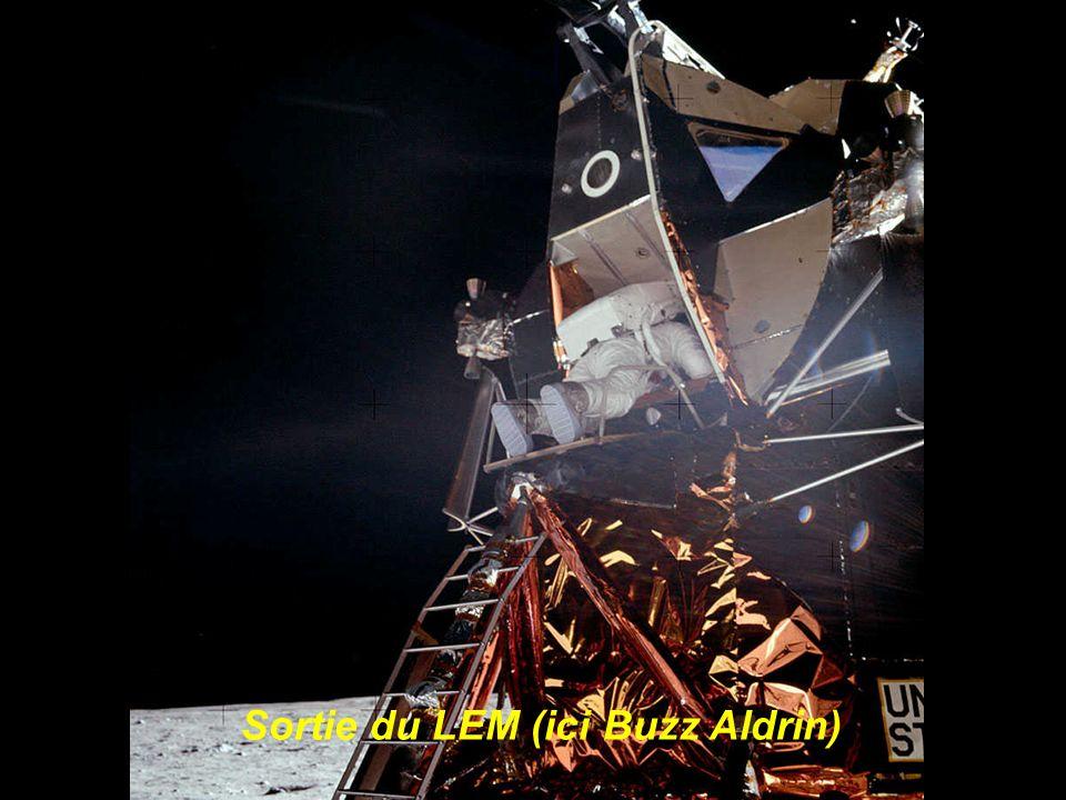 Premier panorama lunaire contemplé par des hommes