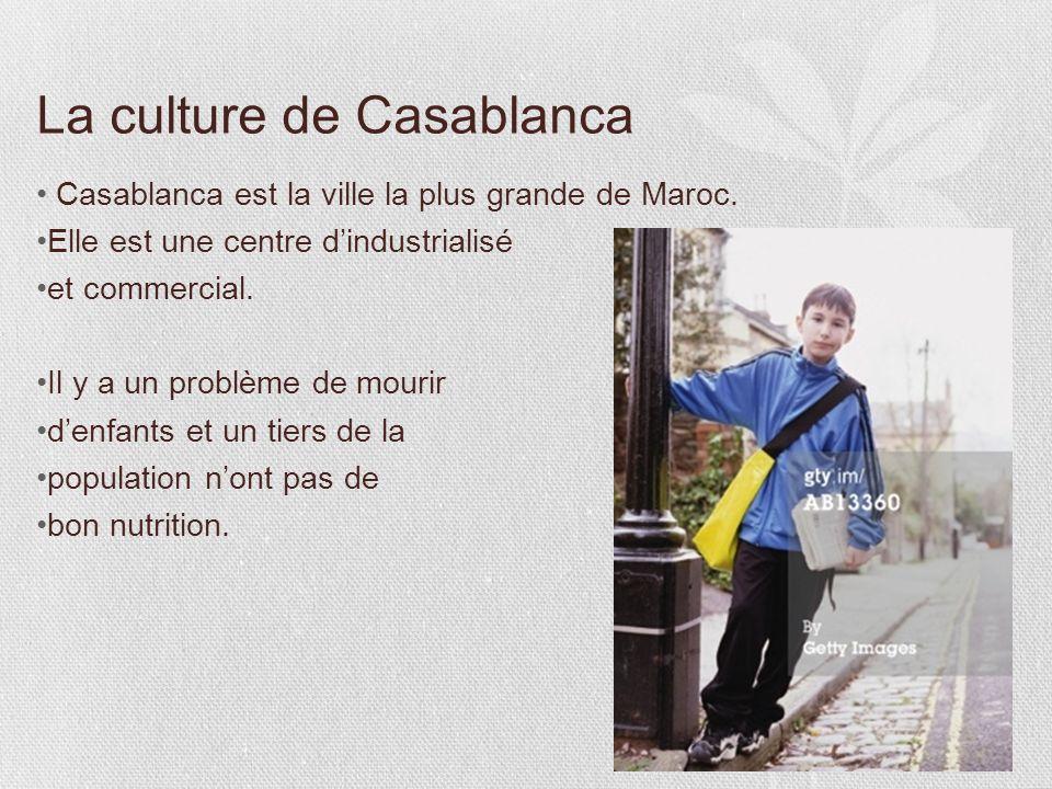 2 La géographie Casablanca est la plus grande ville du Maroc, mais Rabat est la capitale. Casablanca est la capitale économique du pays et a une grand