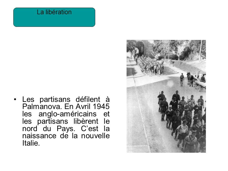 Les partisans défilent à Palmanova.