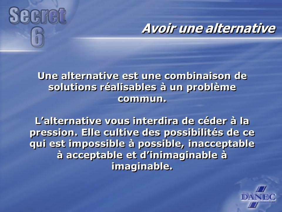 Une alternative est une combinaison de solutions réalisables à un problème commun.