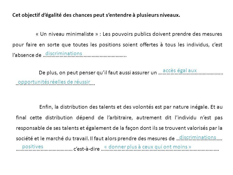 Part des prestations sociales dans le revenu disponible en fonction des déciles de revenus en France en 2012 On observe une dégressivité des prestations sociales (versées sous conditions de ressources)