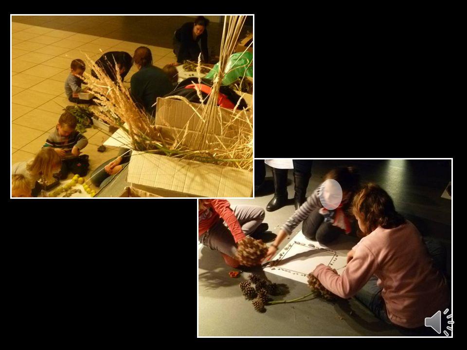 Par groupe, créer des formes, des remplissages et des chemins à laide de matériaux naturels en respectant des contraintes.