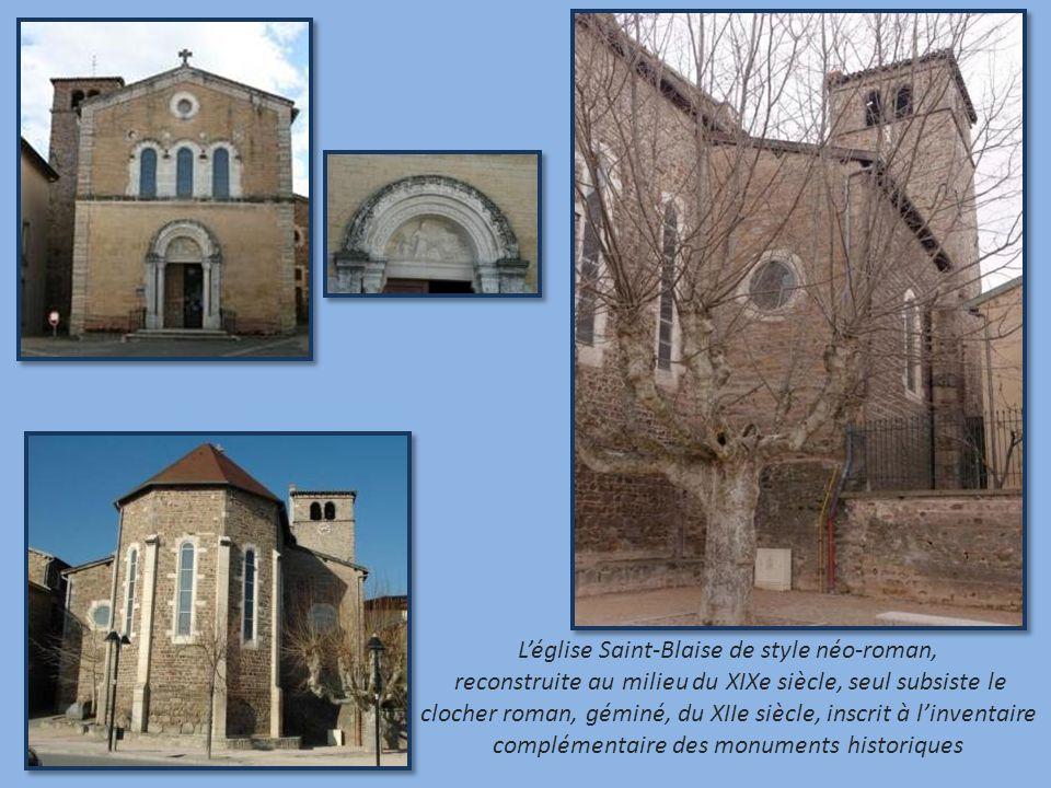 Léglise Saint-Blaise de style néo-roman, reconstruite au milieu du XIXe siècle, seul subsiste le clocher roman, géminé, du XIIe siècle, inscrit à linventaire complémentaire des monuments historiques