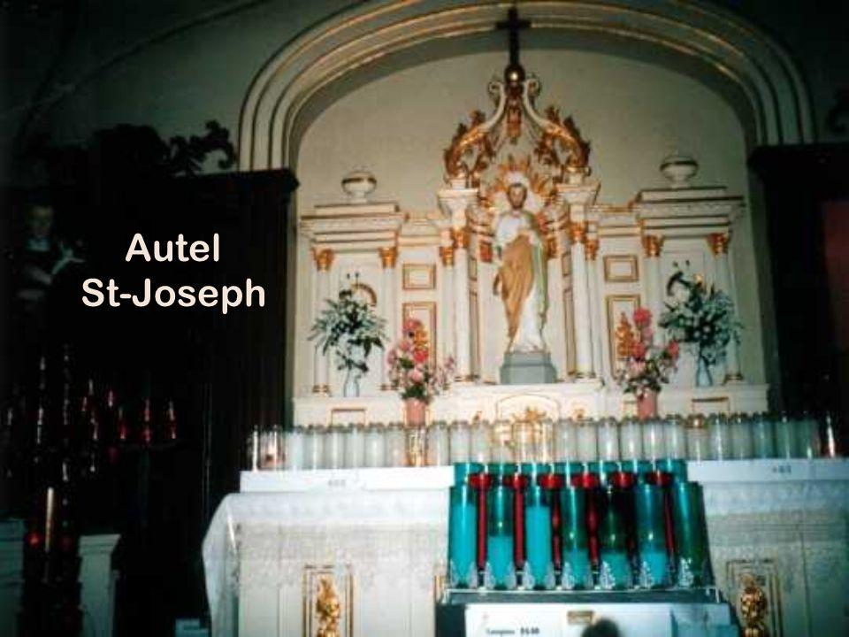 Église St-Georges Lun des plus beaux temples du Québec.