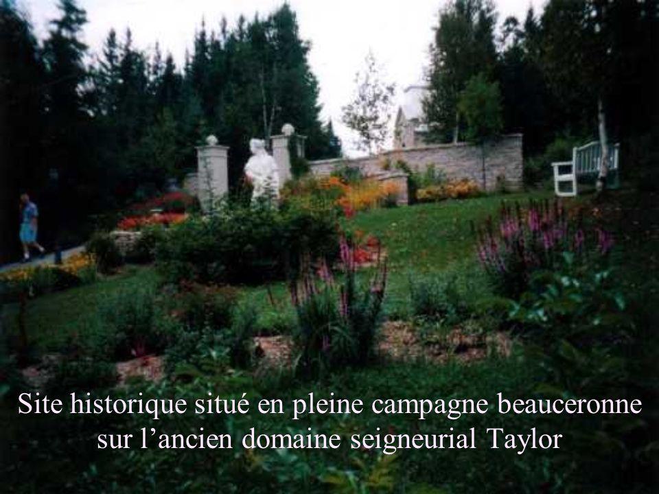 Site historique situé en pleine campagne beauceronne sur lancien domaine seigneurial Taylor