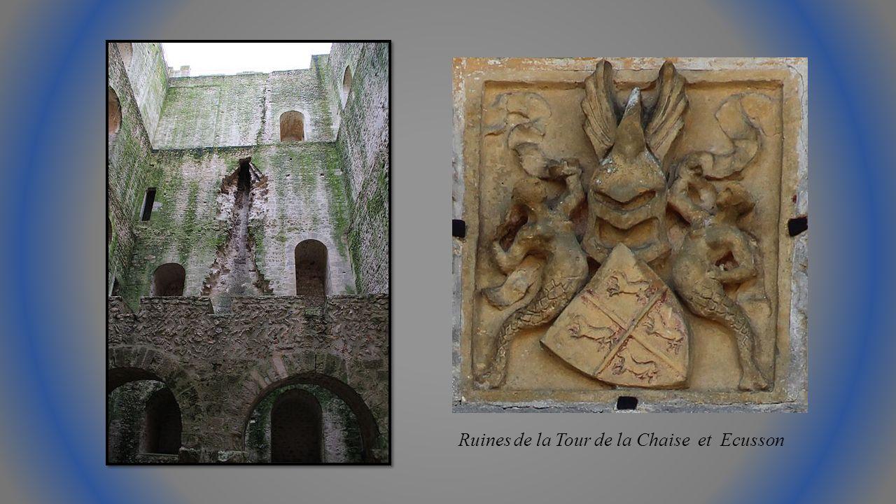 Après dimportants travaux, léglise Saint Julien façade et nef, chœur.