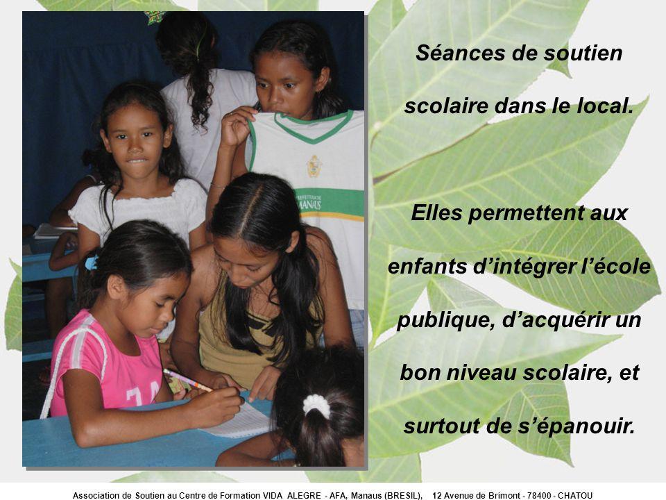 Séances de soutien scolaire dans le local. Elles permettent aux enfants dintégrer lécole publique, dacquérir un bon niveau scolaire, et surtout de sép