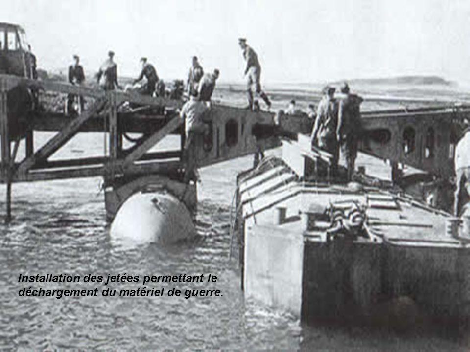 Mountbatten, avec une poignée d'ingénieurs Anglo-américains, décide en un temps limité d'étudier le problème. Il fait fabriquer 230 énormes caissons d