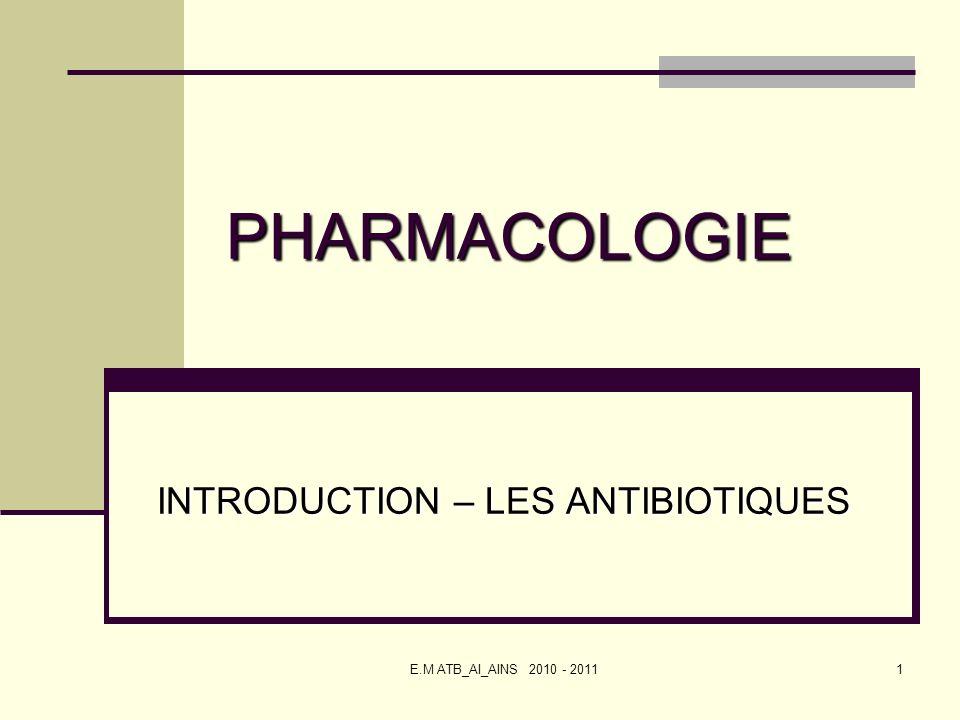 42 LES MACROLIDES ACTIFS SUR LE RIBOSOME INDICATIONS : ORL, pneumologie, alternative aux pénicillines CONTRE INDICATION : Allergie connue à la molécule EFFETS INDESIRABLES FREQUENTS : Affections gastro-intestinales : diarrhée, nausées, vomissements Affections hépatiques : augmentation des enzymes hépatiques, réversible à larrêt du traitement Erythromycine en IV : troubles du rythme cardiaque, irritation veineuse
