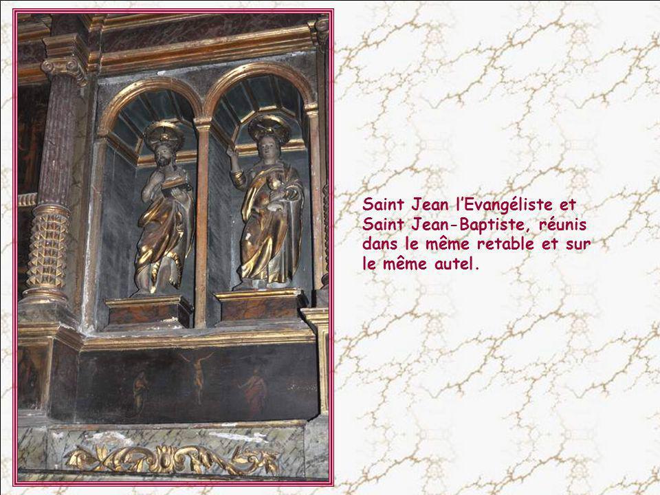 Ce retable est de la fin du XV° siècle. Il a été restauré en 1989. Saint Michel est le patron des parachutistes. Son nom signifie :