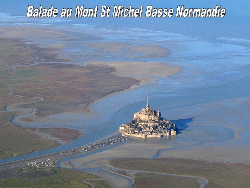 Le Mont-Saint-Michel est une commune, située dans le département de la Manche et la région Basse-Normandie.