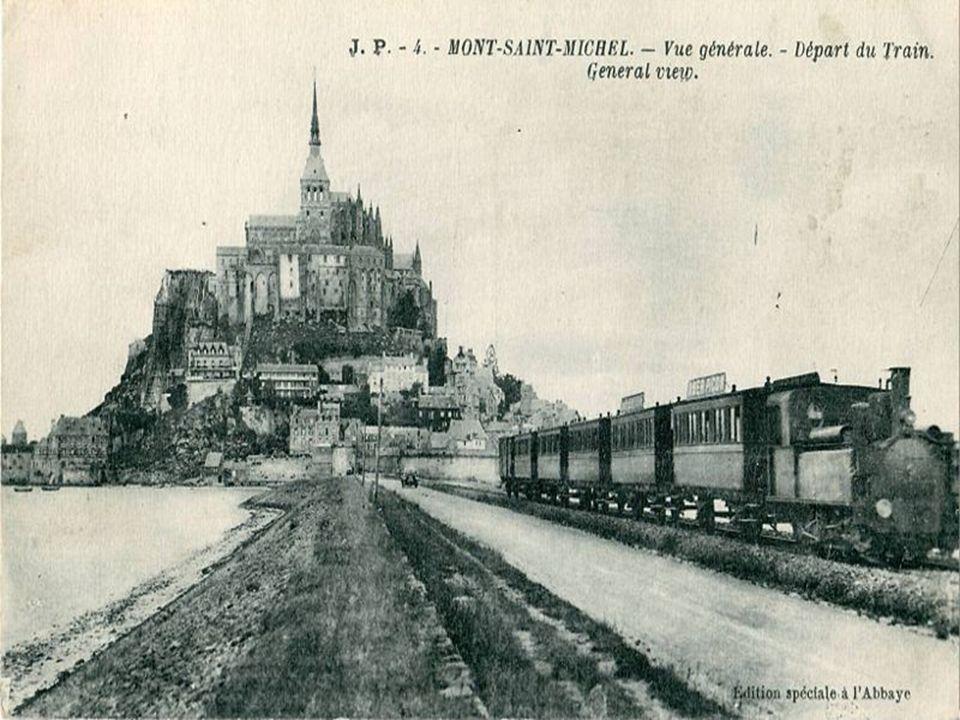 Labbaye du Mont Saint-Michel est divisée en deux parties : labbatiale et la Merveille.