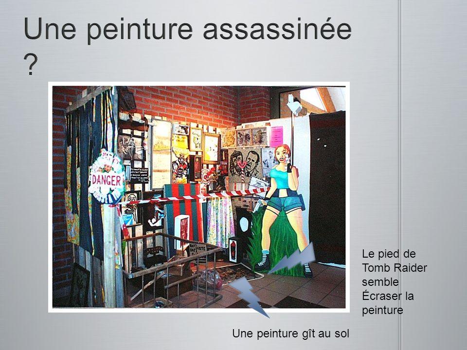 Une peinture gît au sol Le pied de Tomb Raider semble Écraser la peinture