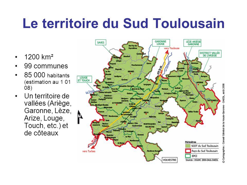 Le territoire du Sud Toulousain 1200 km² 99 communes 85 000 habitants (estimation au 1 01 08) Un territoire de vallées (Ariège, Garonne, Lèze, Arize,