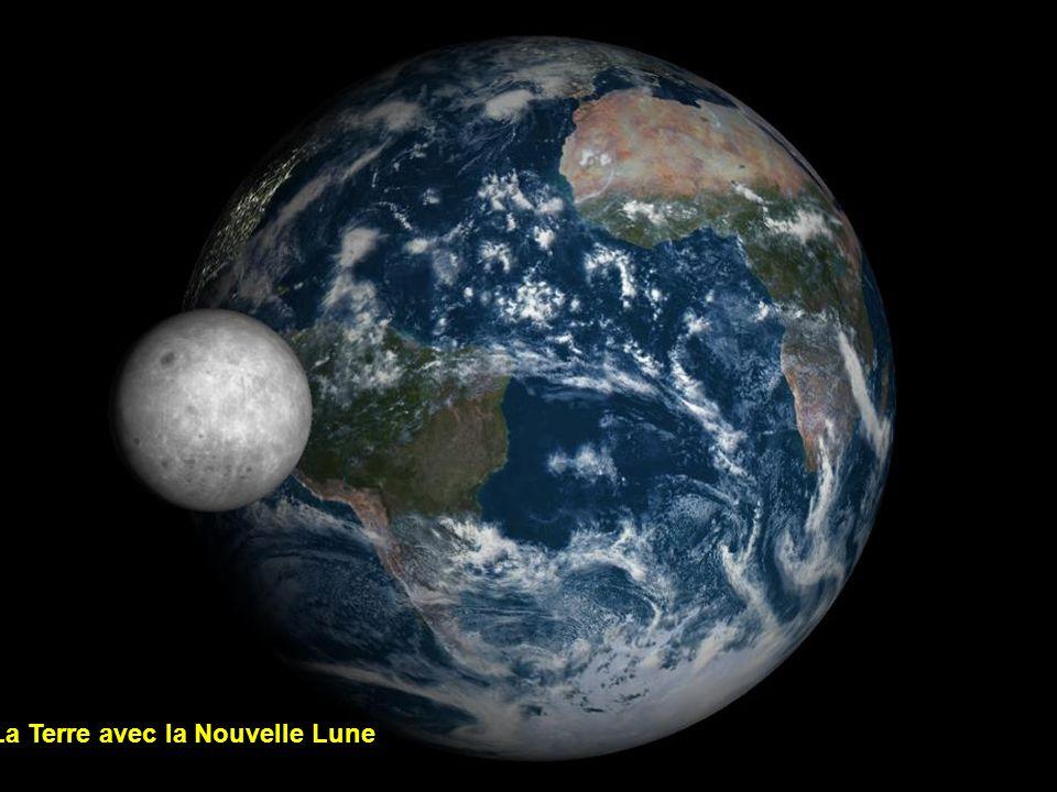 La Terre avec la Nouvelle Lune