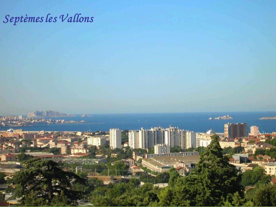 Massif de lEtoile (il domine Marseille)