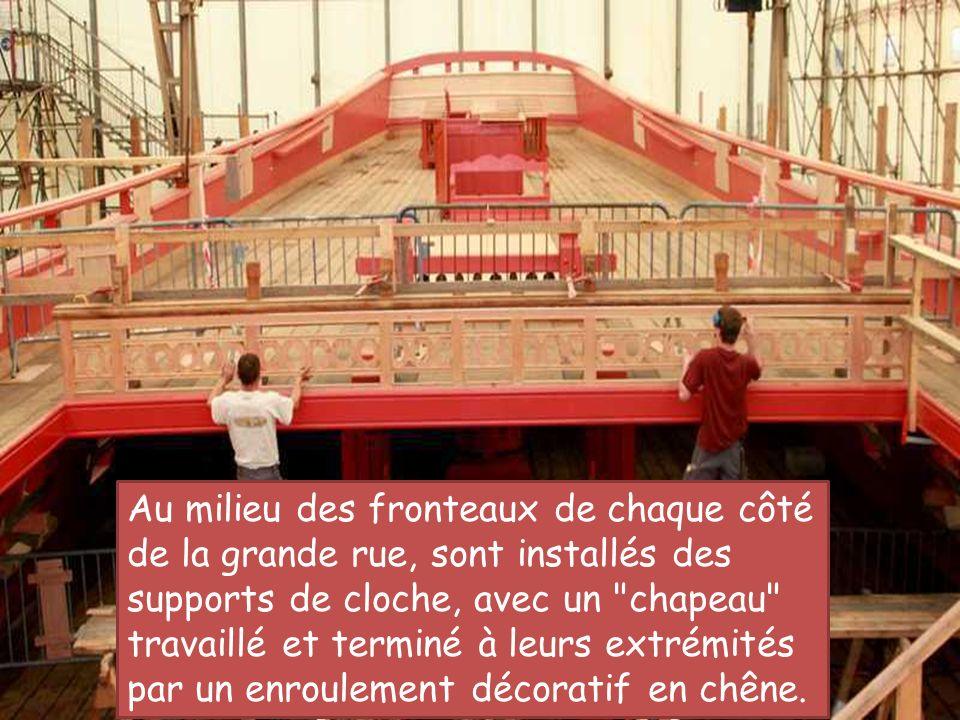 Les Porte-Haubans Mars 2011 Sur le flanc de la coque, dans les hauts. Les Porte-Haubans Mars 2011 Sur le flanc de la coque, dans les hauts.