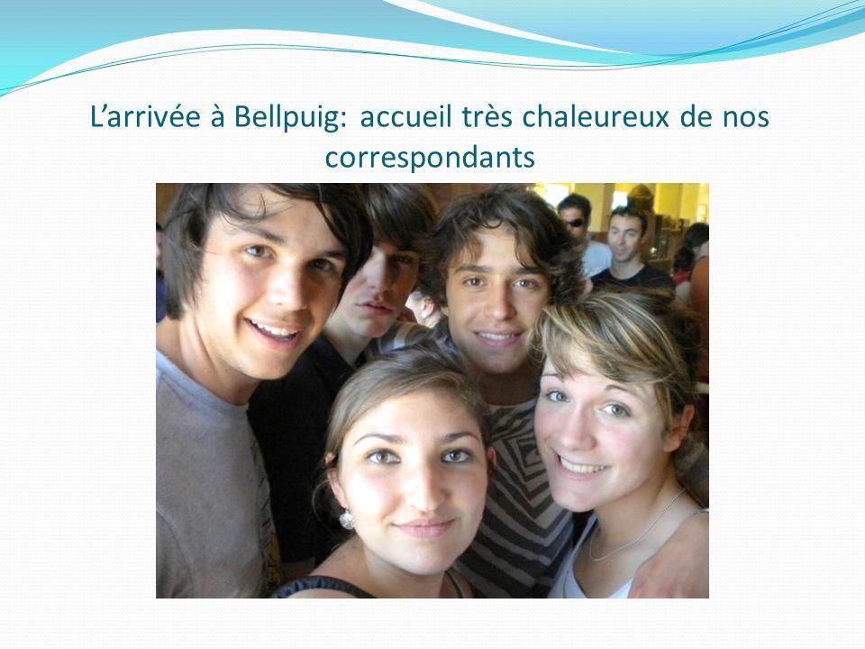 Larrivée à Bellpuig: accueil très chaleureux de nos correspondants