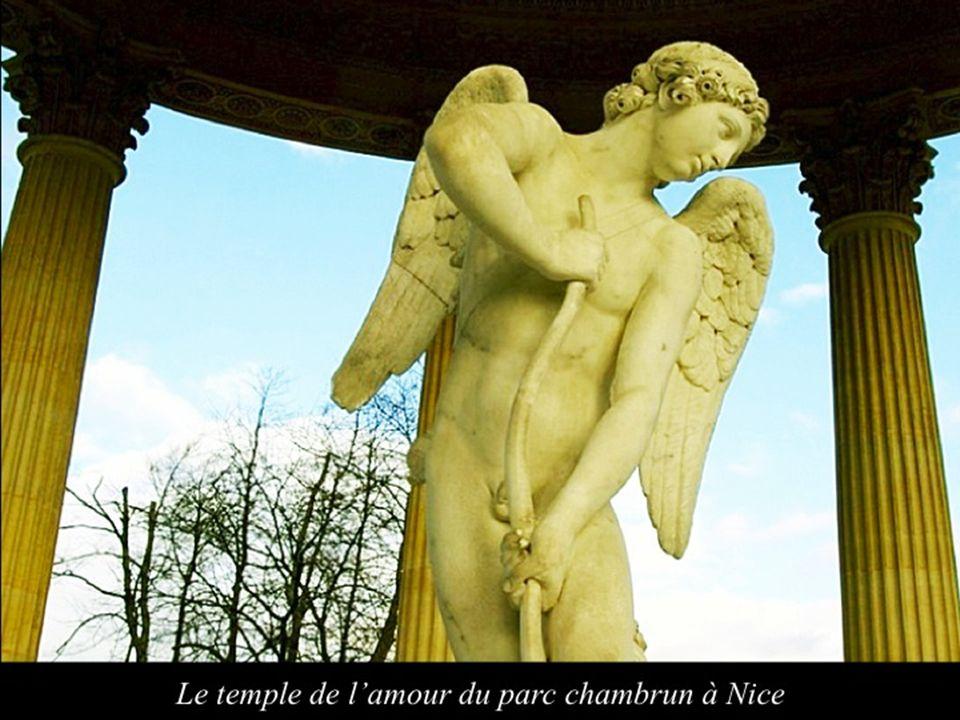 Le temple de lamour du parc chambrun à Nice