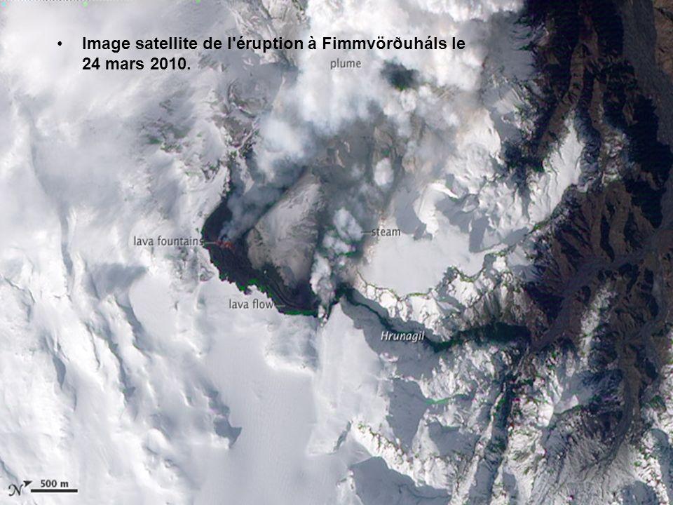La première éruption à Fimmvörðuháls, le 27 mars 2010